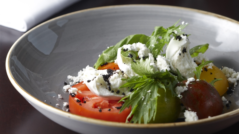 Brehon Bar - Toonbridge Mozzarella Salad